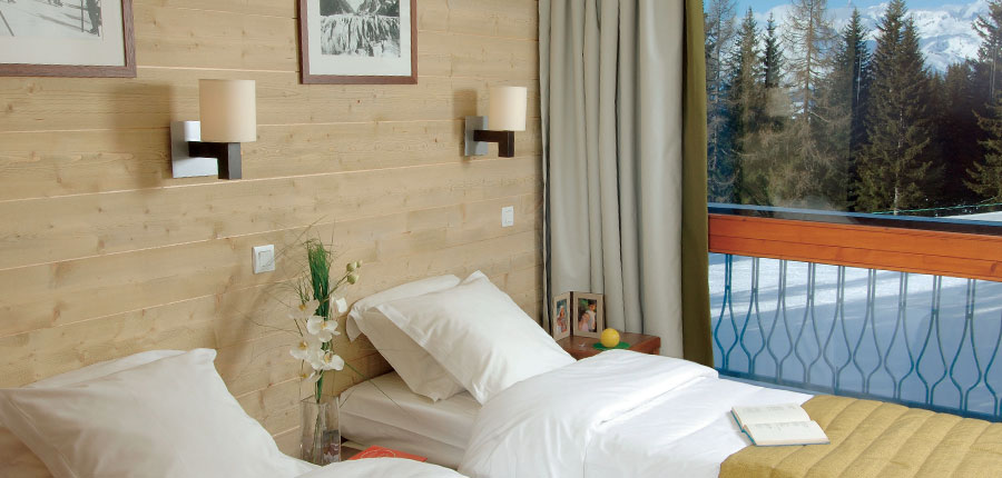 France_Les-Arcs_Residence-Le-Belmont-Apartments_Twin-Bedroom.jpg